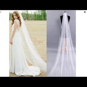 New chapel length 1T veil white or ivory